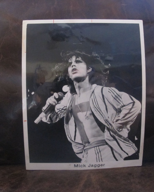 Funny, it's Keith who looks as though he nevr went to bed before hitting the stage. Mick in the silky pajamas outfit (hated 'em!) on the '75 U.S. tour. Original publicity photo from the promotional press kit for the Stones 1975 Tour of The Americas.
