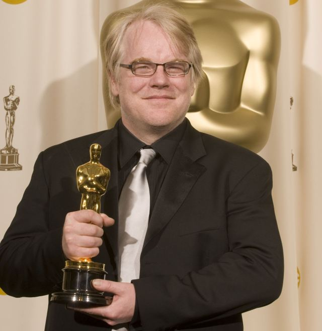 "Hoffman with his Oscar for ""Capote"" at the Academy Awards in Los Angeles, 2006."