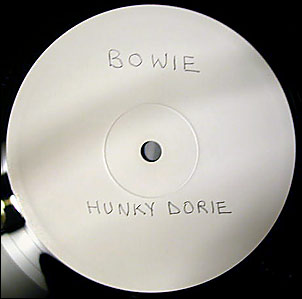 "White Label  for a White Duke: The bare-bones promo for ""BOWPROMO1"" (note alternate spelling of ""Dorie"")."
