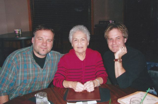 FACE TIME: L-R, my brother Chris, Aunt Ada, and yours truly in Clarion, Iowa, autumn 2005.